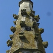 patrimoine-insolite-fleche-a-crochets-artois-nord-decouverte