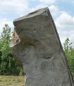 soleil-menhir-oisy-le-verger-megalithe-nord-decouverte