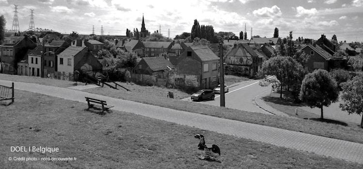 vue-village-street-art-abandonne-doel-nord-decouverte
