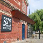 Hospice d'Havré et son entrée principale devenue la maison Folie de Tourcoing