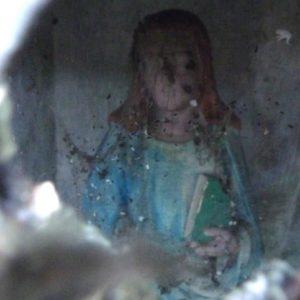 photo de la vierge qui est à l'intérieur de la chapelle à loques saint-Jean de Wignehies