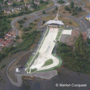 vue aérienne de la piste de Loisinord à Noeux-les-Mines, article mis en ligne par Nord Découverte