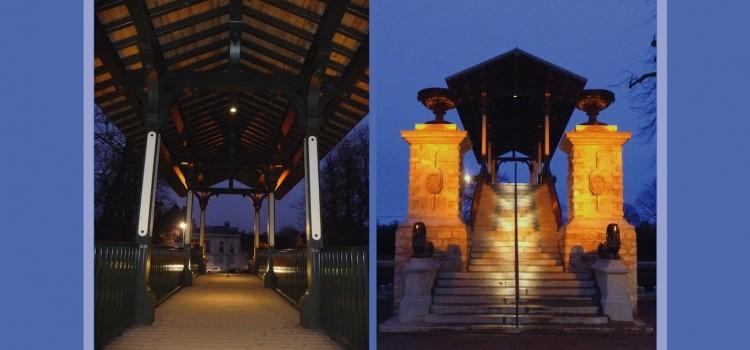 vue de nuit de l'escalier éclairé et du Pont Napoléon à Lille
