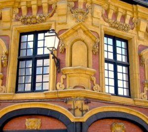 facade-gilles-de-la-boe-place-louise-de-bettignies-vieux-lille