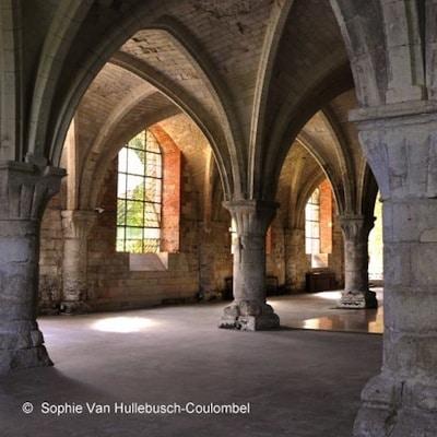 salle-capitulaire-abbaye-vaucelles-nord-decouverte