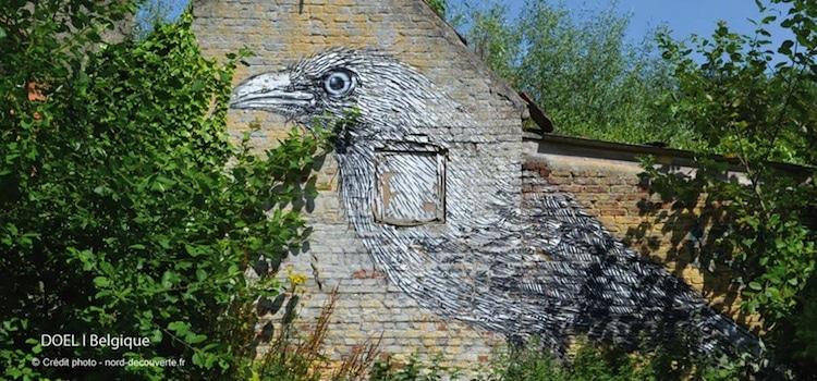 corbeau-mur-village-street-art-abandonne-doel-nord-decouverte-