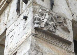 enseigne de pierre rue Lepelletier représentant le sacrifice d'Abraham