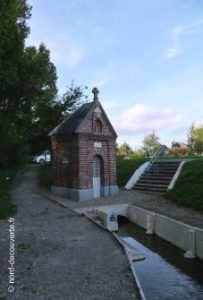 Vue de la source Sainte Bertille à Maroeuil