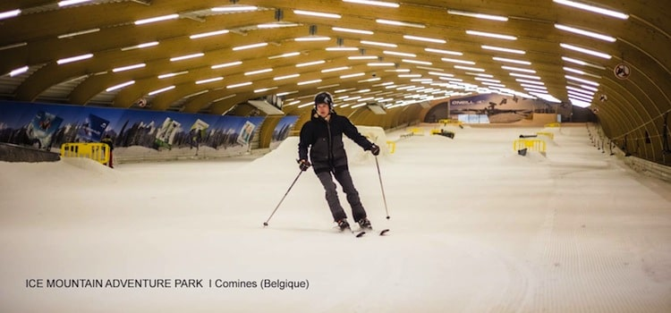 photo de la piste de ski indoor d'Ice Mountain Adventure à Comines en Belgique
