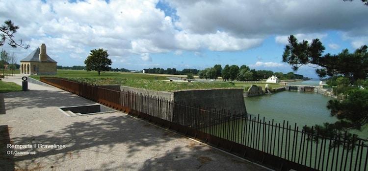 vue des anciens remparts de Gravelines aménagés