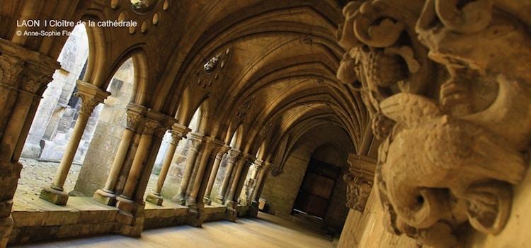Cloitre de la cathédrale Notre-Dame à Laon