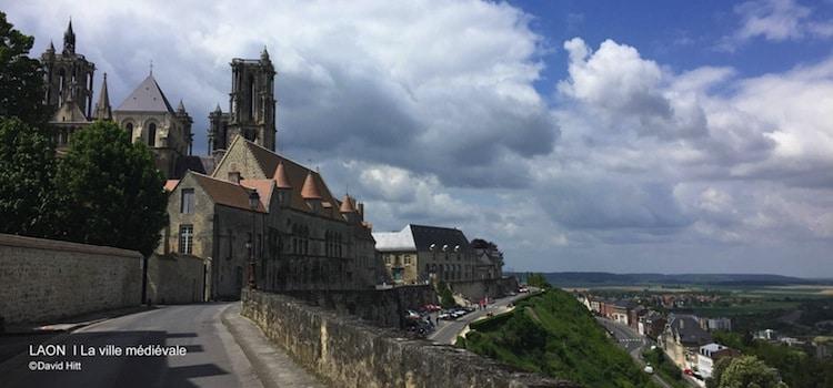 panorama sur la plaine vu de la ville haute de Laon
