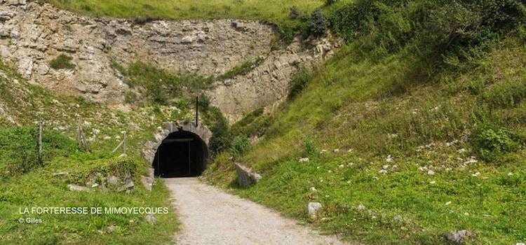Vue de l'entrée de la forteresse souterraine de Mimoyecques