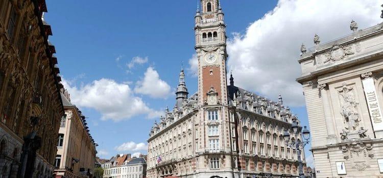 vue du CCI sur la place du Théâtre à Lille