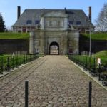 vue de l'entrée principale de la citadelle Vauban d'Arras