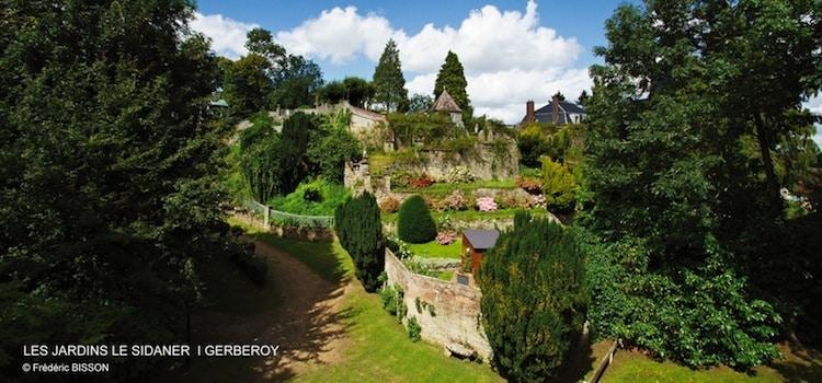 panorama des terrasses des jardins Le Sidaner à Gerberoy