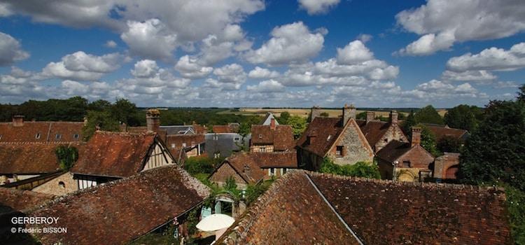 panorama des toitures anciennes de Gerberoy