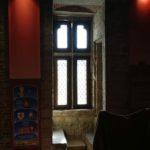 vue intérieue de la salle publique du donjon de Bours