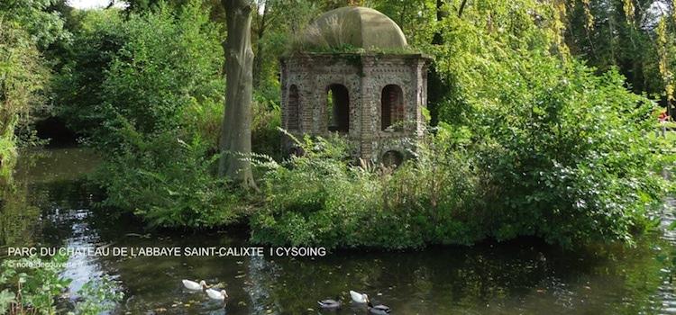 ermitage sur une île du parc du château de Cysoing