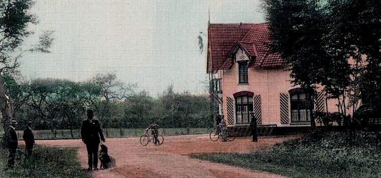 vue ancienne de l'auberge du Leu Pindu à l'orée du bois de Phalempin