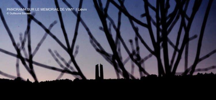 vue sur le mémorial de Vimy à partir du terril de Pinchonvalles