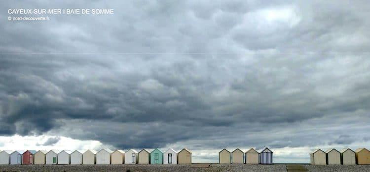 vue des cabines de plages sur la plage de Cayeux-sur-Mer