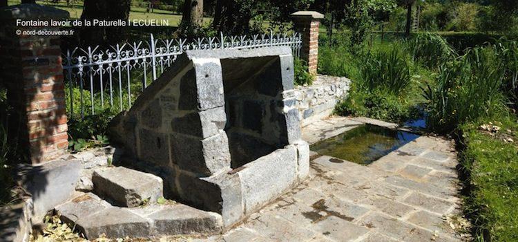 vue de la fontaine et du lavoir de la Paturelle à écuélin